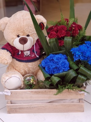 Flower and gift box